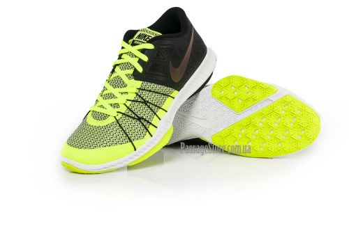 NIKE ZOOM TRAIN INCREDIBLY FAST RUNNING AND TRAINING SHOES (844803-008)